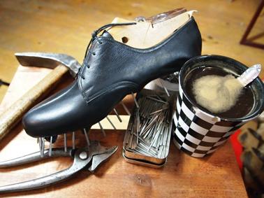 Ruční šití bot